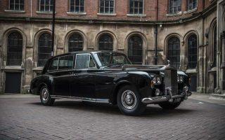 aw_lymn_funeral_vehicles_Rolls-Royce-Phantom-VI-Limouisine